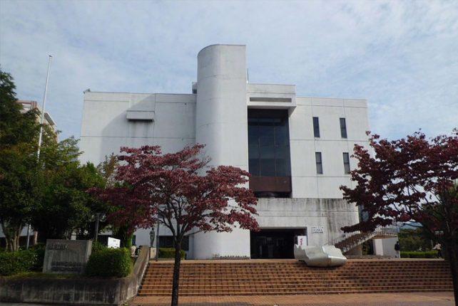 桐生図書館